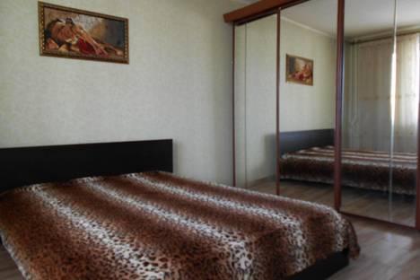 Сдается 4-комнатная квартира посуточно в Челябинске, ул. Косарева, 71а.