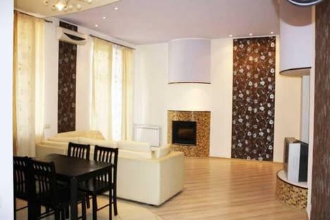 Сдается 2-комнатная квартира посуточно в Харькове, Правды, 1.