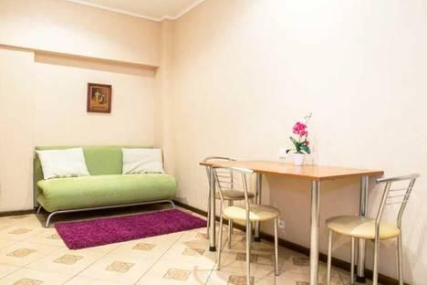 Сдается 3-комнатная квартира посуточно в Харькове, Павловская площадь, 8.
