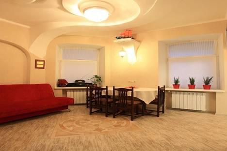 Сдается 2-комнатная квартира посуточно в Санкт-Петербурге, Малоохтинский проспект,10.