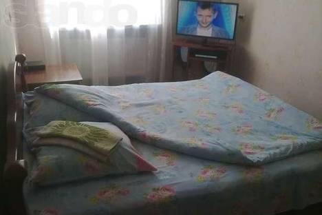 Сдается 1-комнатная квартира посуточнов Новой Каховке, Горького 18.