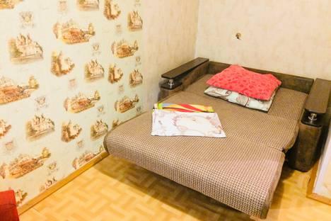 Сдается 1-комнатная квартира посуточно в Орске, Станиславского 2.