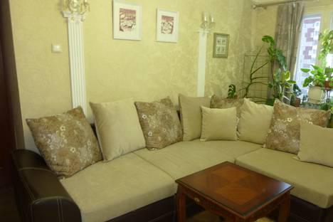 Сдается 1-комнатная квартира посуточно в Ижевске, ул. Майская, 6.