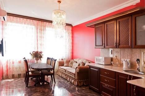 Сдается 1-комнатная квартира посуточно в Одессе, Базарная улица, 5/1.