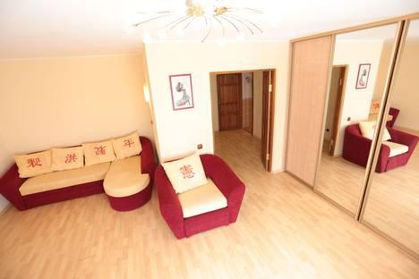 Сдается 1-комнатная квартира посуточнов Тюмени, ул. Киевская, 74.