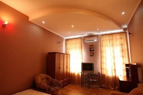 Сдается 1-комнатная квартира посуточно в Одессе, Льва Толстого, 32.