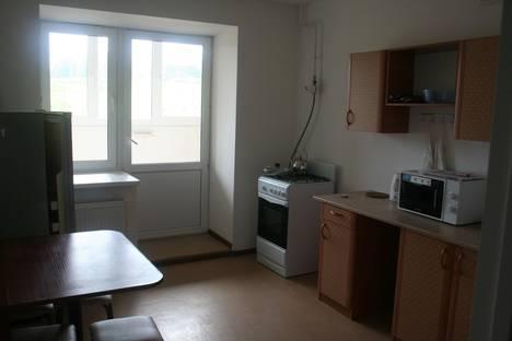 Сдается 3-комнатная квартира посуточнов Октябрьском, проспект Ленина 50.