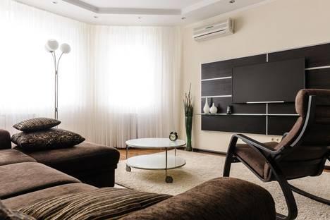 Сдается 1-комнатная квартира посуточно в Красногорске, Павшинский бульвар, 4.