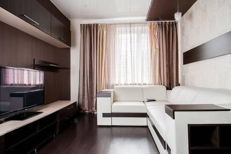 Сдается 2-комнатная квартира посуточно в Сыктывкаре, ул. Советская, 22.