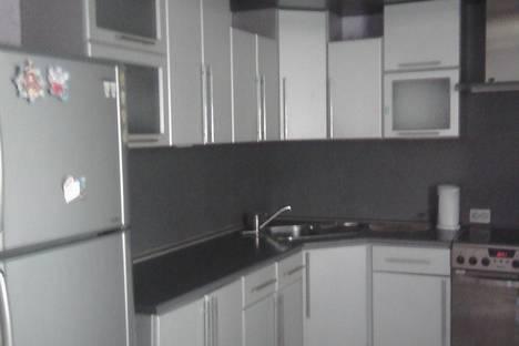 Сдается 1-комнатная квартира посуточно в Благовещенске, Амурская 127.