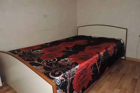 Сдается 1-комнатная квартира посуточно в Челябинске, ул. Сони Кривой, 45.