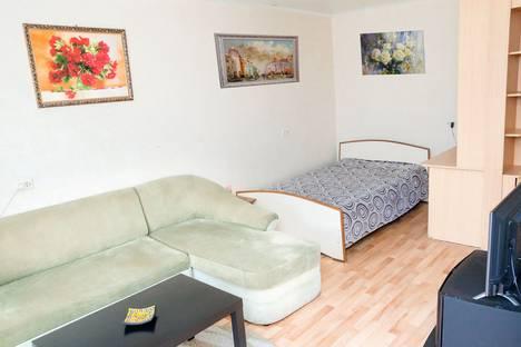 Сдается 1-комнатная квартира посуточно, ул. Сони Кривой, 45.