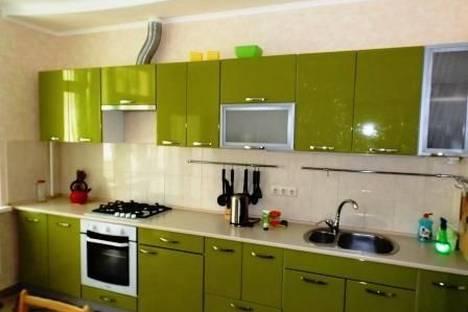 Сдается 2-комнатная квартира посуточно в Евпатории, ул. Дёмышева, 125.