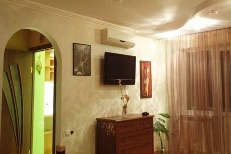 Сдается 1-комнатная квартира посуточно в Одессе, Адмиральский проспект, 352.