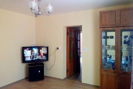 Сдается 2-комнатная квартира посуточно в Евпатории, Приморская 9.