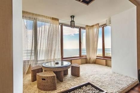 Сдается 4-комнатная квартира посуточно в Одессе, Черноморская улица, 1.