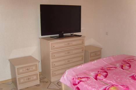 Сдается 2-комнатная квартира посуточно в Норильске, ул. Первопроходцев, 10.