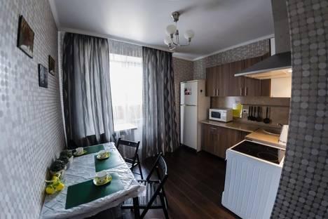 Сдается 2-комнатная квартира посуточно в Оренбурге, ул. Салмышская, 43/2.