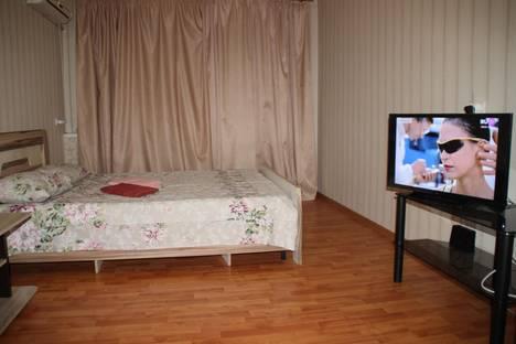 Сдается 1-комнатная квартира посуточно в Астрахани, Вокзальная 3.