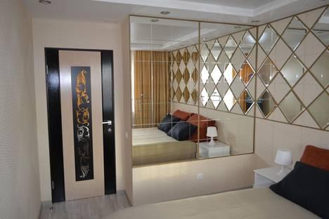 Сдается 2-комнатная квартира посуточно в Вологде, ул. Лаврова, 9А.