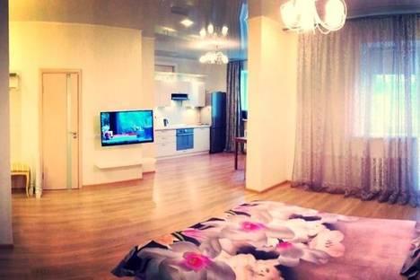 Сдается 1-комнатная квартира посуточнов Казани, Адоратского, 1А.