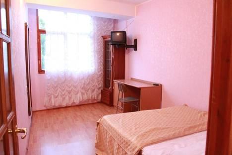 Сдается 1-комнатная квартира посуточно в Ялте, Блюхера 11.