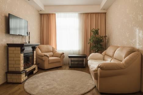 Сдается 3-комнатная квартира посуточнов Североморске, Челюскинцев, 7.