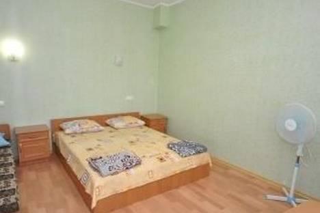 Сдается 2-комнатная квартира посуточно в Судаке, Южнобережная 88.