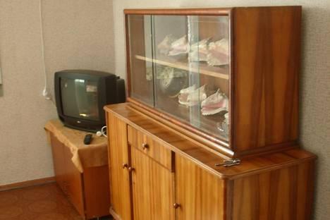 Сдается 1-комнатная квартира посуточно в Феодосии, ул. Чкалова, 62.