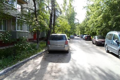 Сдается 1-комнатная квартира посуточно в Истре, ул. Ленина 25, офис 11, 8, 7.