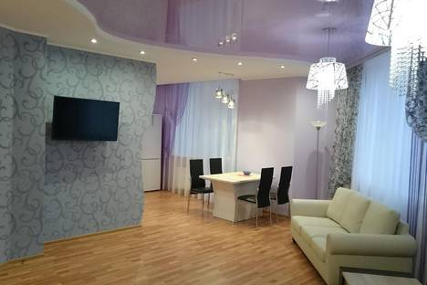 Сдается 2-комнатная квартира посуточнов Екатеринбурге, Шейнкмана, 88.