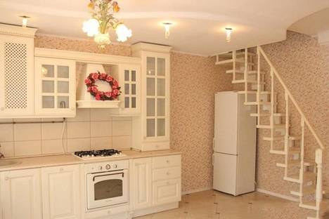 Сдается коттедж посуточно в Одессе, переулок Павлова, 3.