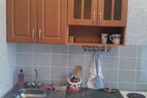 Сдается 1-комнатная квартира посуточно в Бердске, микрорайон Радужный 6.
