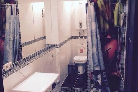 Сдается 3-комнатная квартира посуточнов Санкт-Петербурге, ул. Пушкинская, 11.