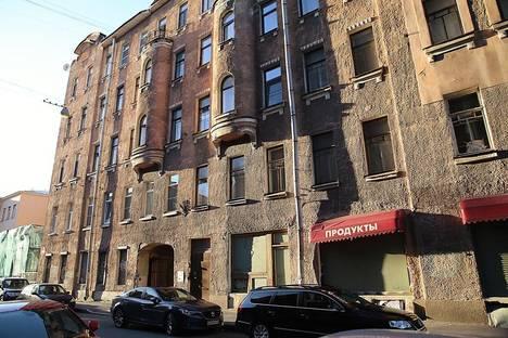 Сдается 2-комнатная квартира посуточнов Санкт-Петербурге, переулок Татарский, д.1.