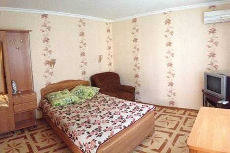 Сдается 1-комнатная квартира посуточно, красноармейская 2.