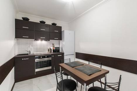 Сдается 2-комнатная квартира посуточно в Санкт-Петербурге, Дунайский проспект, 14.