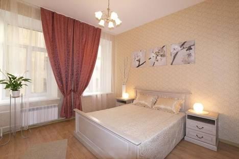 Сдается 3-комнатная квартира посуточно в Санкт-Петербурге, проспект Малый В.О., 13.