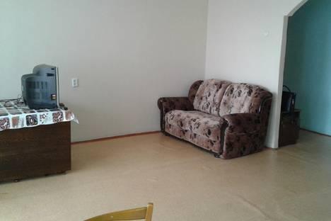Сдается 2-комнатная квартира посуточно в Чите, ул. Бутина, 93.
