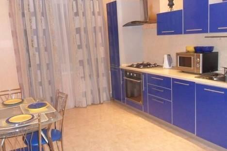 Сдается 2-комнатная квартира посуточно в Дзержинске, Петрищева 31а.