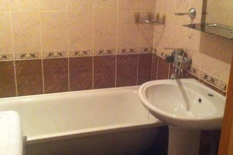 Сдается 1-комнатная квартира посуточно в Армавире, Карла либкнехта 107.