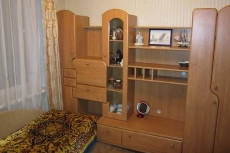 Сдается 3-комнатная квартира посуточнов Санкт-Петербурге, Ветеранов проспект, д. 45.
