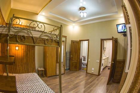 Сдается 1-комнатная квартира посуточно в Кисловодске, ул. Коминтерна, 3.