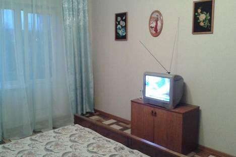 Сдается 1-комнатная квартира посуточнов Саяногорске, Интернациональный (8) мкр. д. 9.