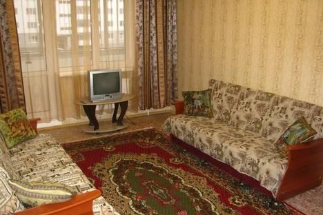 Сдается 2-комнатная квартира посуточно, ул. Большая Московская,  д122 к2.