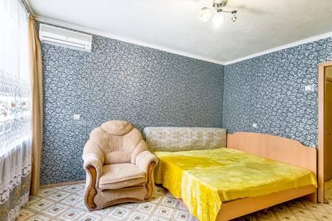 Сдается 1-комнатная квартира посуточнов Ростове-на-Дону, проспект Михаила Нагибина, 37а.