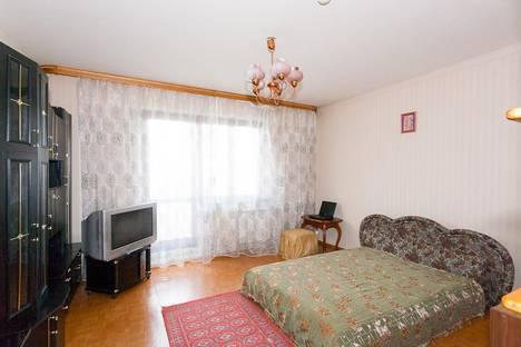 Сдается 3-комнатная квартира посуточно в Красноярске, ул. 78 Добровольческой бригады, 4.