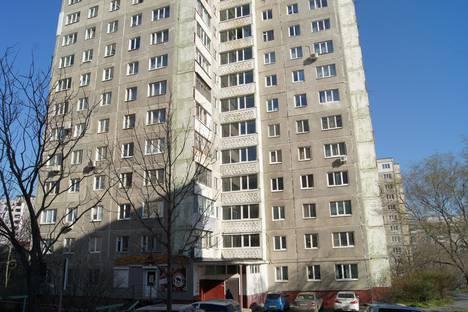 Сдается 1-комнатная квартира посуточново Владивостоке, ул. Кирова, 25.