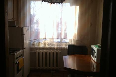 Сдается 3-комнатная квартира посуточно в Яровом, Квартал А дом 30.