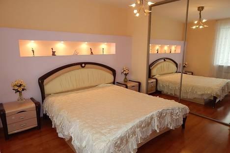 Сдается 3-комнатная квартира посуточно в Новосибирске, ул. Советская, 36/1.